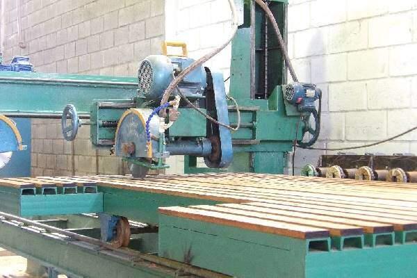 Maquina de Cortar Granito e Marmore Maqfort